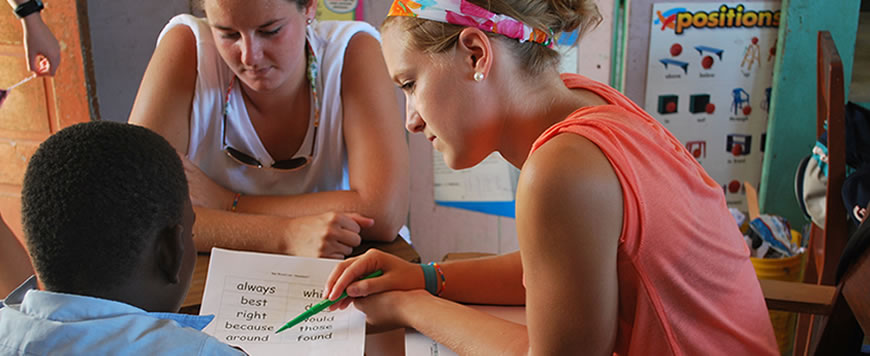 Students teaching in Belize